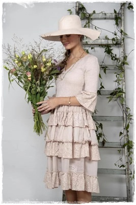 SALE! Dress Joyous Past, Soft Rose In De Maat L Of XXL