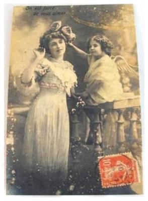Postcard Op Dik Linnen, 14 X 9 Cm Antieke Afb. Moeder Met Dochter