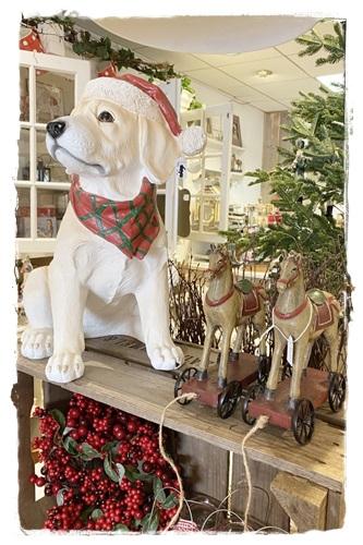 SALE! Dennis De Hond Met Kerstmuts, Afm. 32 X 25 X 41 Cm. Hoog.