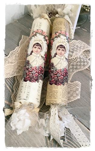 Cracker Romantic, 45 Cm. Lang En 5,5, Cm. Doorsnee. JDL.